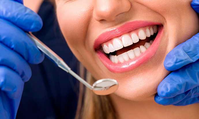 Продолжительность эксплуатации коронок для зубов