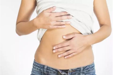 Отравление огурцами солеными чревато сильными болями в животе