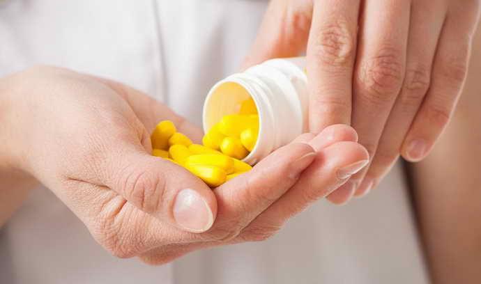Аптечные средства от стоматита на языке