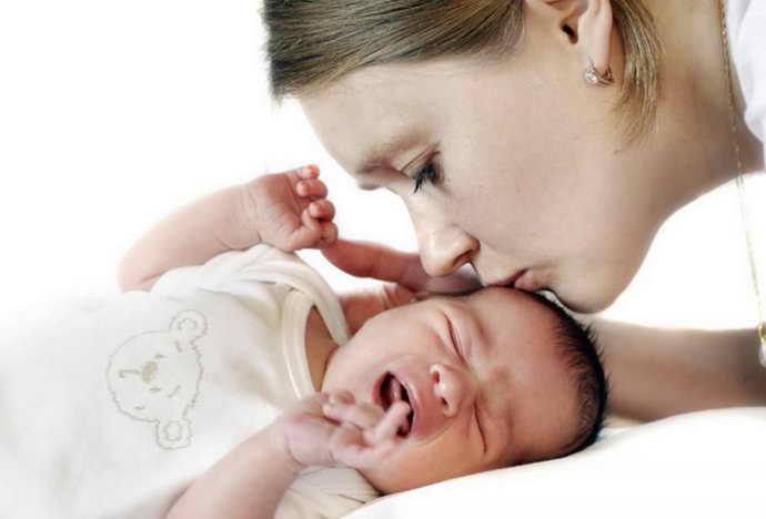 Причины кислого запаха у детей
