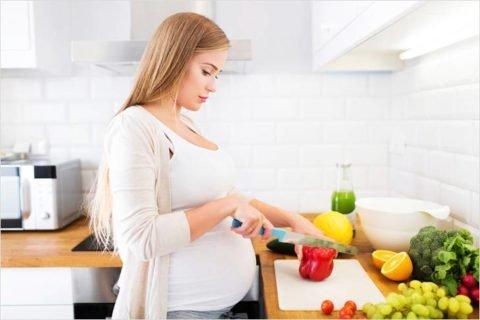 Витаминизация организма – важная составляющая в начале беременности