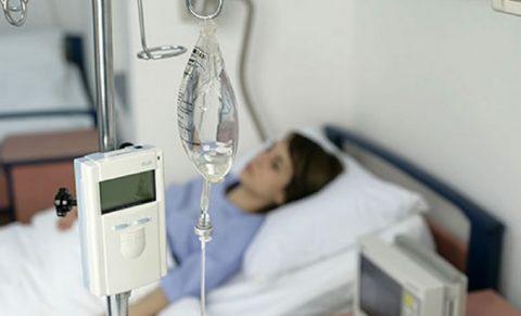 Пострадавший должен быть немедленно доставлен в больницу