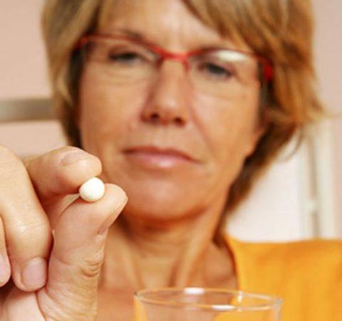 Пациентам показана заместительная гормональная терапия