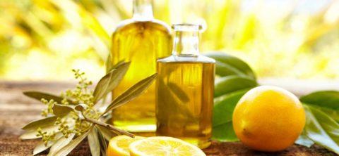 Сок лимона частично нейтрализует неприятный вкус касторки.