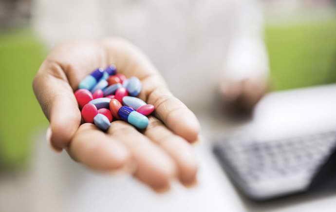 приём антибиотиков после удаления зуба мудрости