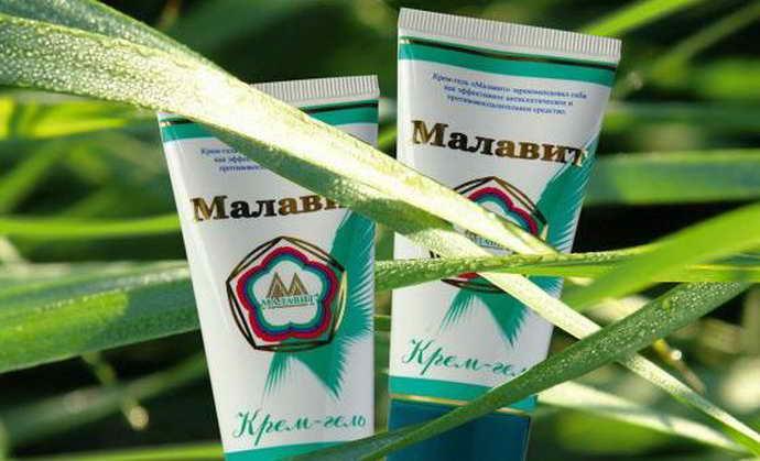 Для полоскания рекомендуют использовать такие препараты, как Малавит от флюса