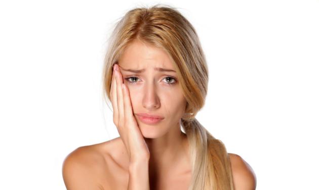 Отбеливание зубов содой может навредить