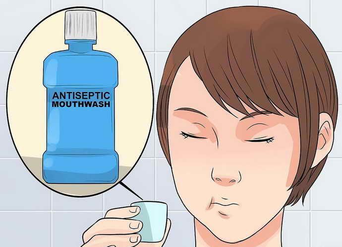 Не стоит пренебрегать и жидкостями для полоскания рта