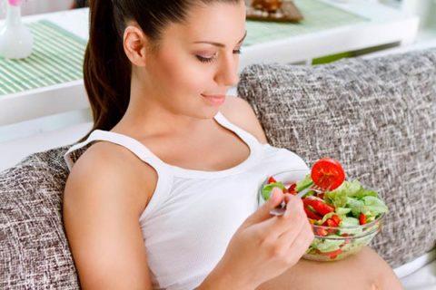 Устранить неприятные симптомы поможет коррекция режима дня и питания.