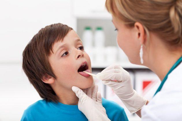 Плохой запах изо рта может говорить о наличии ЛОР-заболеваний