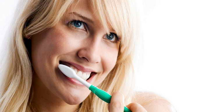 Уход за зубами после очистки камня