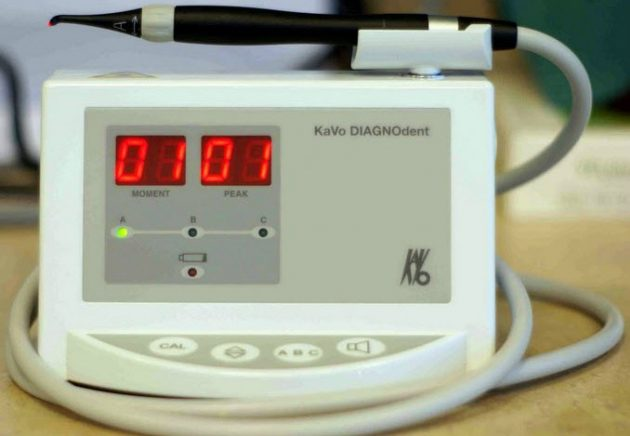 Аппарат для диагностики фиссурного кариеса
