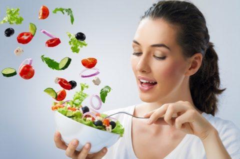 Перед приготовлением тщательно проверяйте качество пищи
