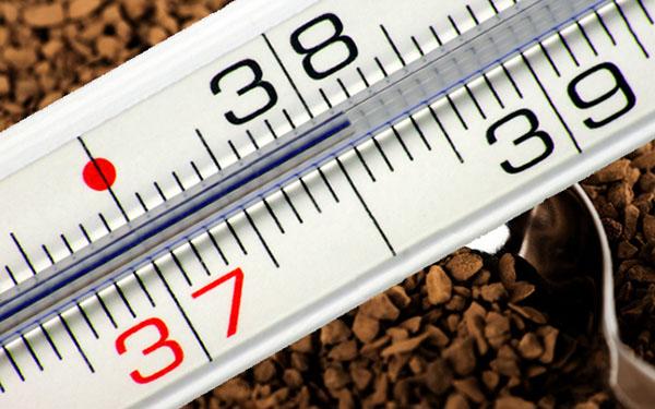 Ложка кофе повысит температуру
