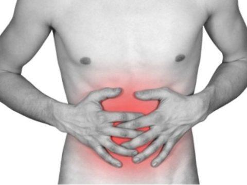 Боль в животе обычно сопровождается метеоризмом и вздутием.