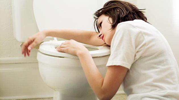 При тяжелых формах патологии женщине может потребоваться медицинская помощь.