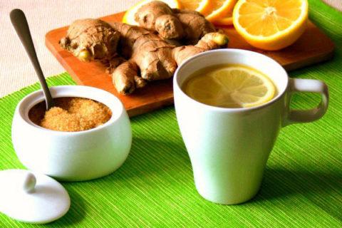 Имбирный чай с лимоном поможет вывести токсины и улучшить процессы кровообращения.