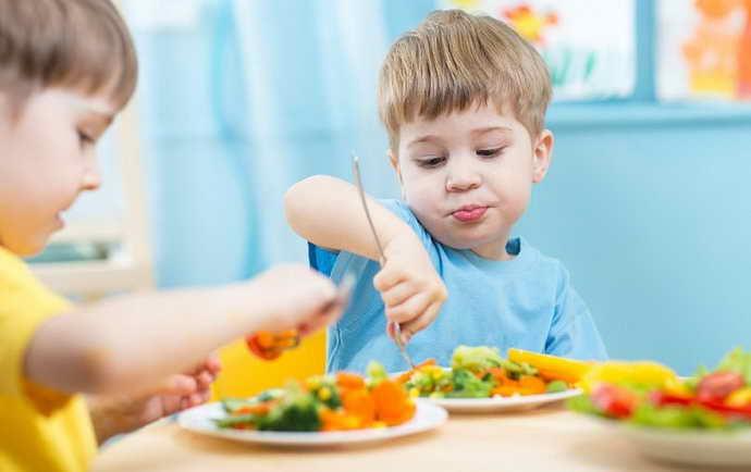 Правила питания при детском стоматите