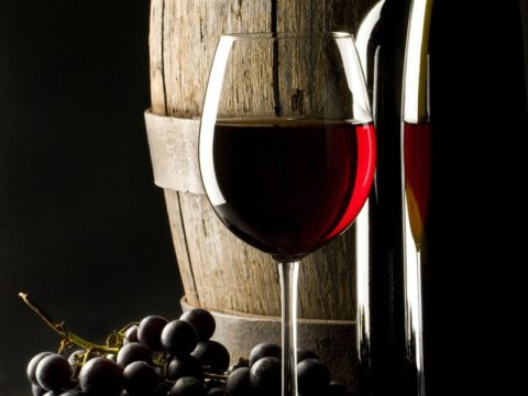 В малых дозах алкогольные напитки могут быть даже полезными