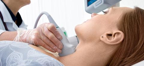 УЗИ щитовидки позволяет определить скорость кровотока и ее размер