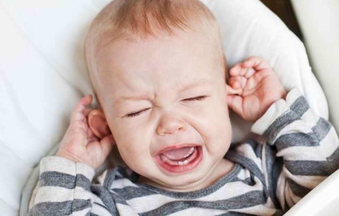 Симптомы стоматита у малышей