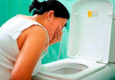 Тошнота как симптом остеохондроза: опасность состояния