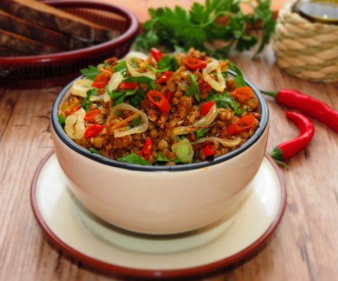 Блюда из овощей и злаков – лучший вариант рациона для очищения организма.