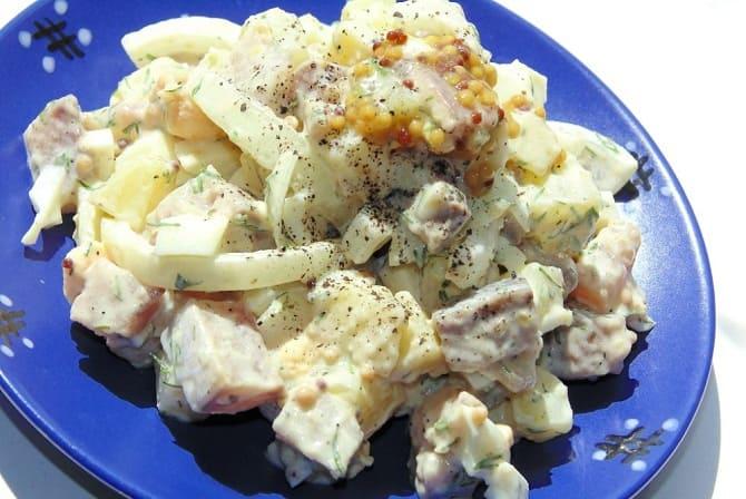 Картофельный салат с селедкой