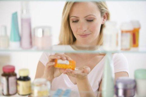 Подбор лекарственных препаратов при пищевой интоксикации зависит от симптомов и тяжести состояния пациента.