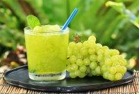 Виноград может стать причиной не только отравления, но и аллергии