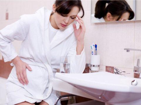 Беременность зачастую сопровождается запорами