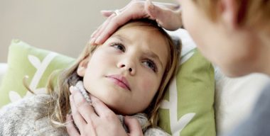 болит шея при миозите у ребенка