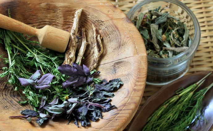 народные рецепты, устраняющие сладковатый запах изо рта