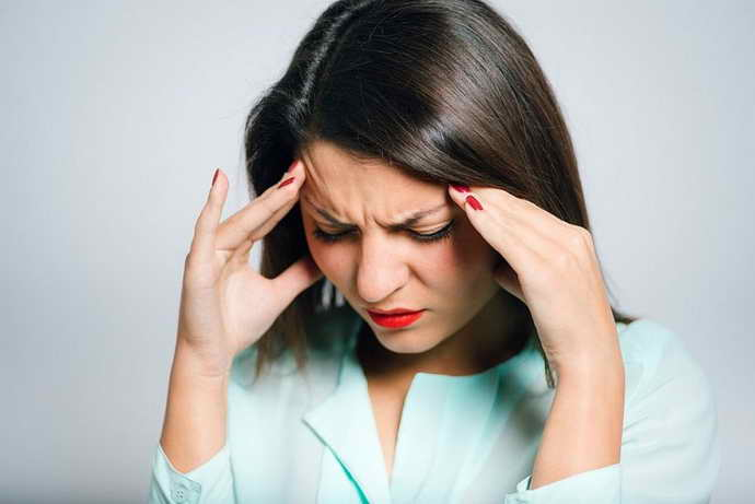 Учащаются приступы мигрени. при стоматите