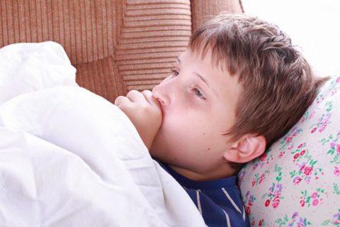 Выраженная слабость, отсутствие аппетита, температура тела 37 градусов могут свидетельствовать о туберкулезной интоксикации.
