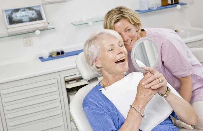 Период адаптации к нижним зубным протезам