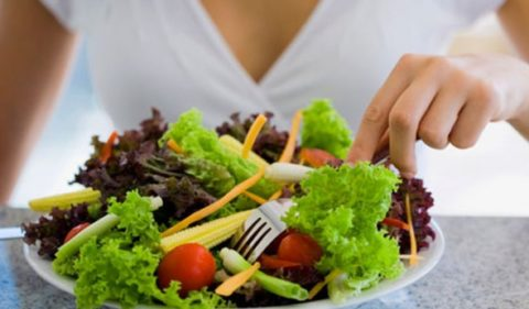 Правильное питание восстанавливает работу ЖКТ.