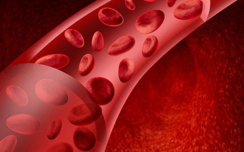 Недостаток калия в крови означает возможное отравление сердечными гликозидами.