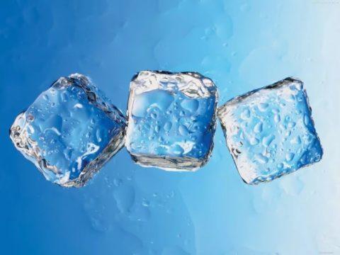 Основное мероприятие первой помощи – рассасывание кусочков льда