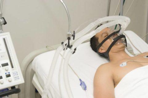 Кома – один из основных признаков тяжелого отравления.
