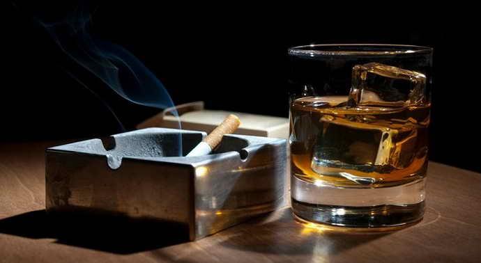 Курение и злоупотребление алкоголем опух язык