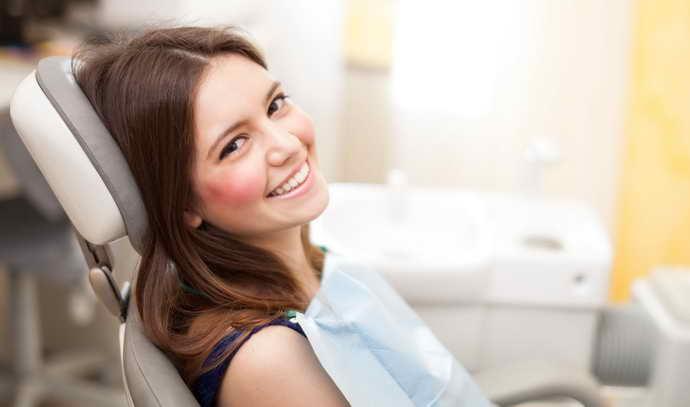 Методы профилактики кровоточивости десен и неприятного запаха изо рта