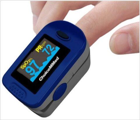 При вдыхании СО пульсоксиметр не помогает объективно оценить насыщенность крови кислородом.