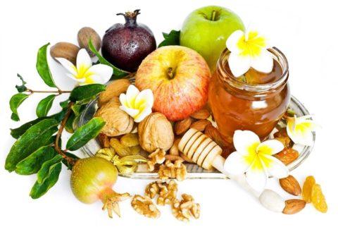 Особенно полезен мед в сочетании с другими продуктами.