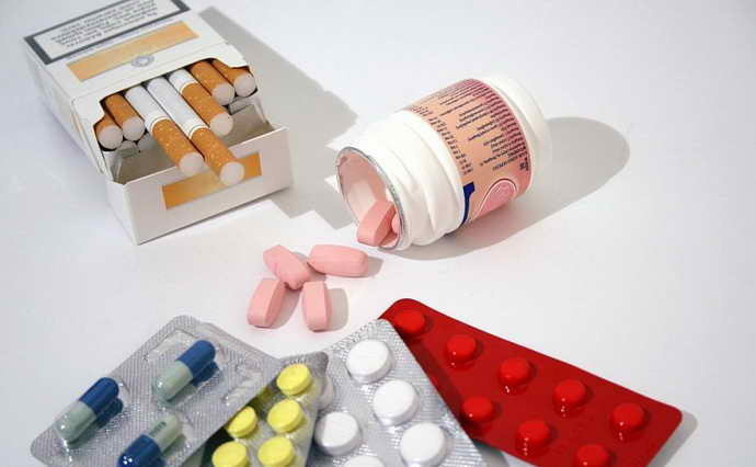 Курение и медикаменты после пломбирования
