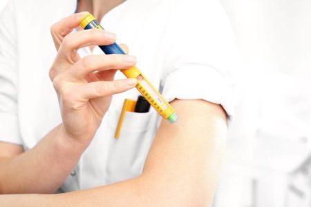 Причины возникновения осложнений при инсулинотерапии, основные симптомы, долгосрочные последствия, способы устранения и меры предосторожности