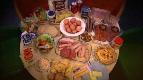 В период проведения подготовки к чистке следует забыть о тяжелой, жирной и вредной пище.
